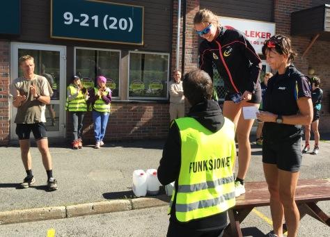 Ingrid Sørum og Kari Øvsthus øverst i kvinneklassen på rulleski.